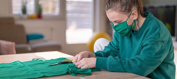 o uso de máscaras  passa a ser obrigatório, a de tecido passa a ser uma ótima opção, e ajuda a evitar a propagação do Coronavírus.